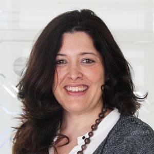 Cabezas, Ana Belén
