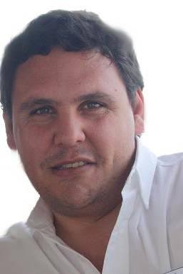 Larrazábal, Mariano